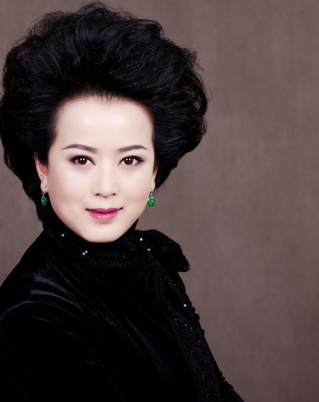 京剧艺术道路上的寻梦人 ---记区政协委员王奕戈
