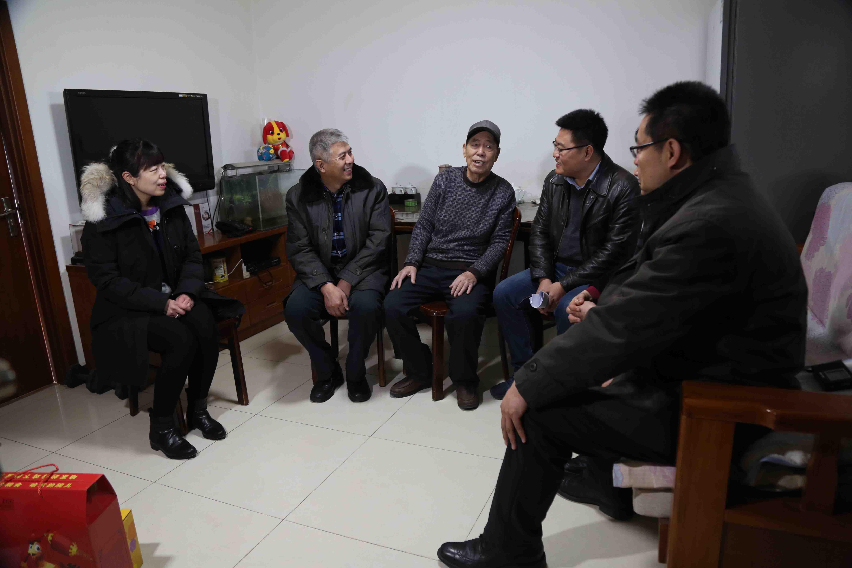 区政协主席刘宇走访慰问困难党员、困难群众