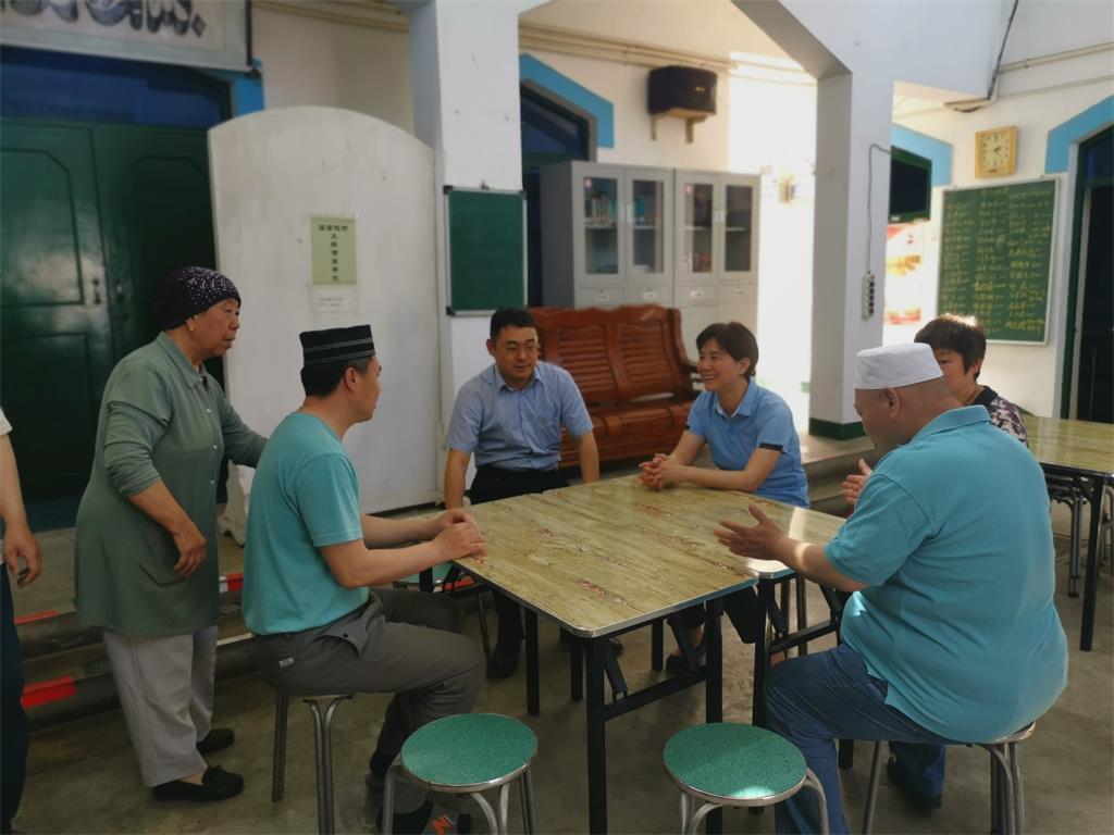 段德珍副主席到我区三家清真寺斋月慰问